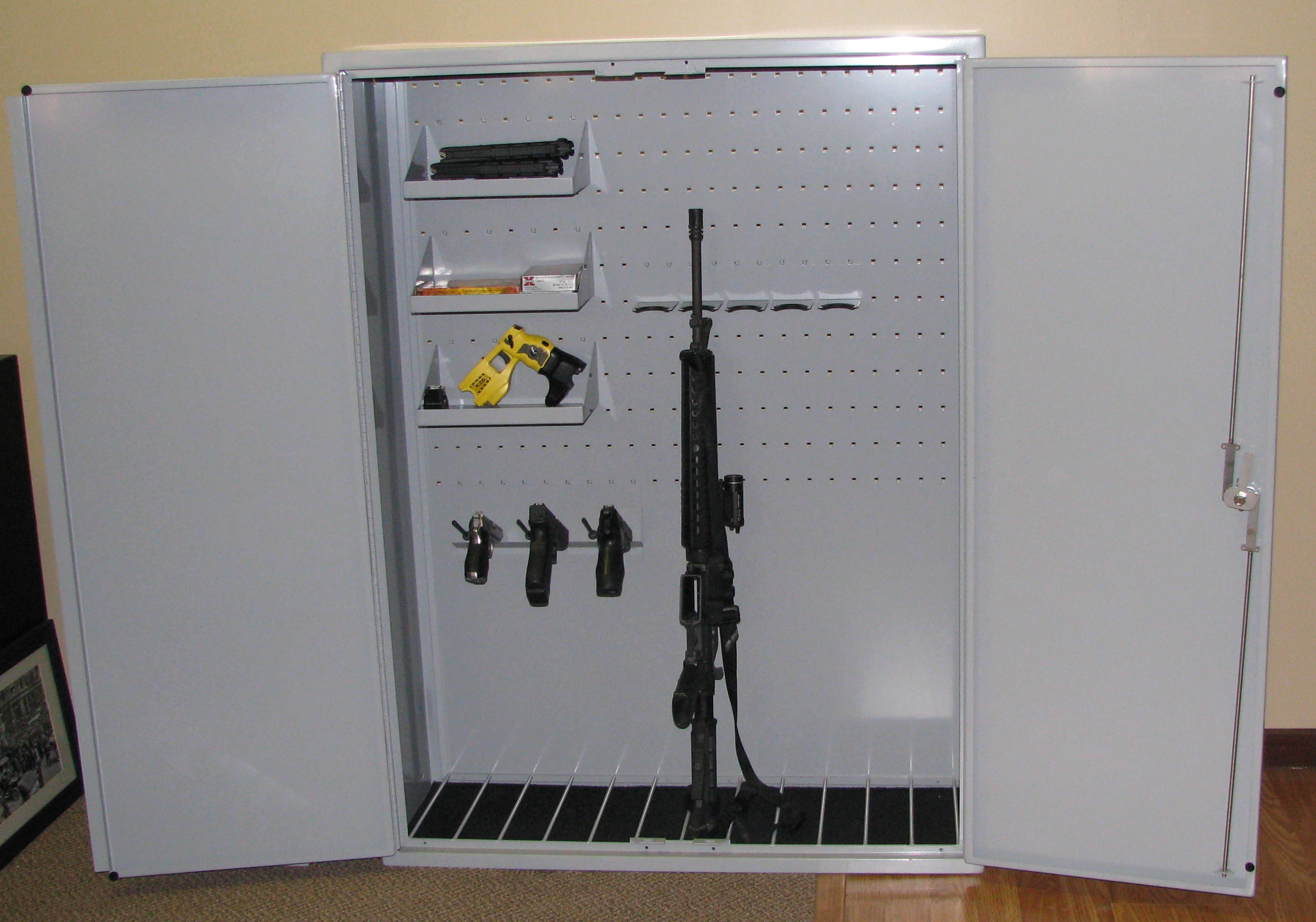 Great FLGC 700 Rifle Cabinets